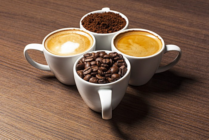 gde-bolshe-kofeina-v-chashke-chaya-ili-kofe
